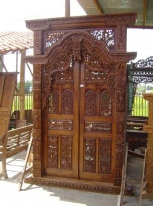 Gebyok Pintu Ukiran Rahwana Jati