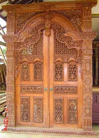 Pintu Rumah Ukir Model Gebyok