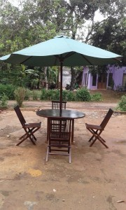 Meja Payung Kayu Jati