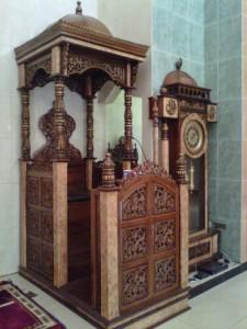 Mimbar Masjid Ukiran Jati Marmer