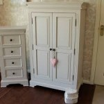 Lemari Pakaian 2 Pintu Warna Putih
