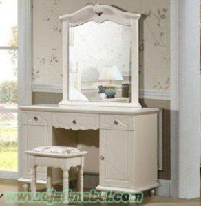 Meja Rias Minimalis Putih Duco Mewah
