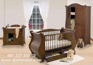 Box Bayi Anak Jati Model Klasik