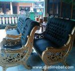 Sofa Tamu Raffi Ahmad Ukiran Emas