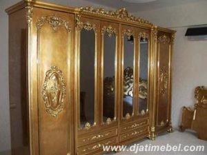 Lemari Pakaian Pintu 6 Ukiran Emas