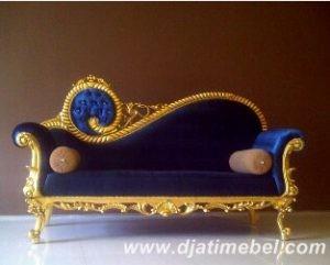 Sofa Malas Ukiran Mewah Gold