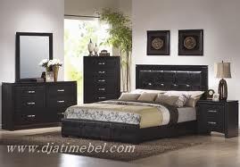 Set Tempat Tidur Minimalis Black Doff