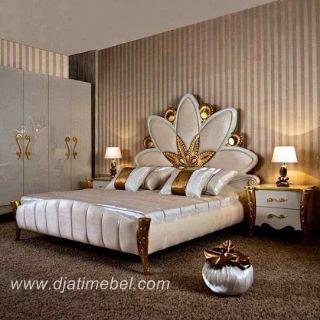 Tempat Tidur Model Bunga Emas Duco