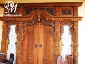 Paduan Rumah Minimalis Pintu Gebyok