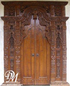 Pintu Gebyok Kudus Jati Tua