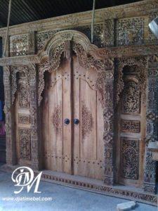 Pintu Rumah Gebyok Ukir Kudus