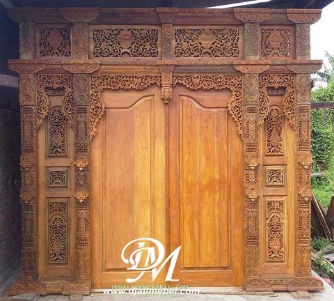Pintu Rumah Model Gebyok Ukir Klasik