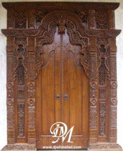 Pintu Utama Gebyok Ukir Rumah Mewah