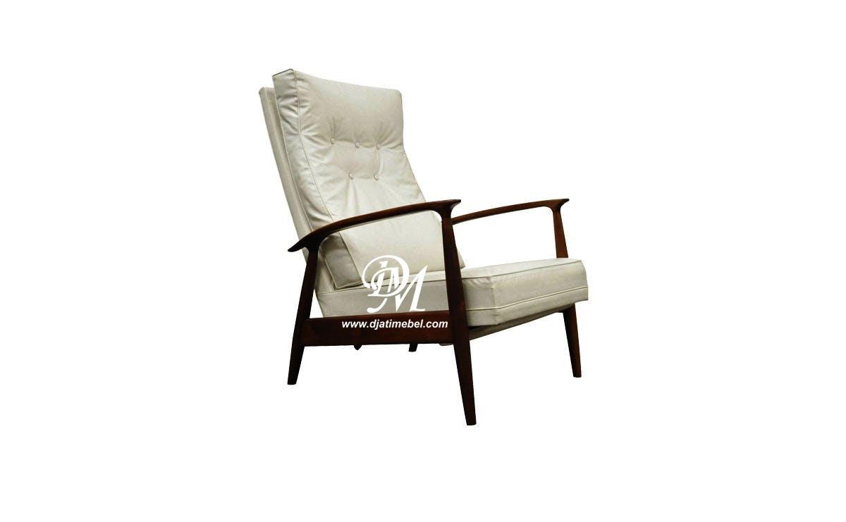 Sofa Santai Kelud Layer Klasik