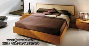 Tempat Tidur Jati Mewah Minimalis