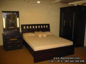 Tempat Tidur Jati Minimalis Sandaran