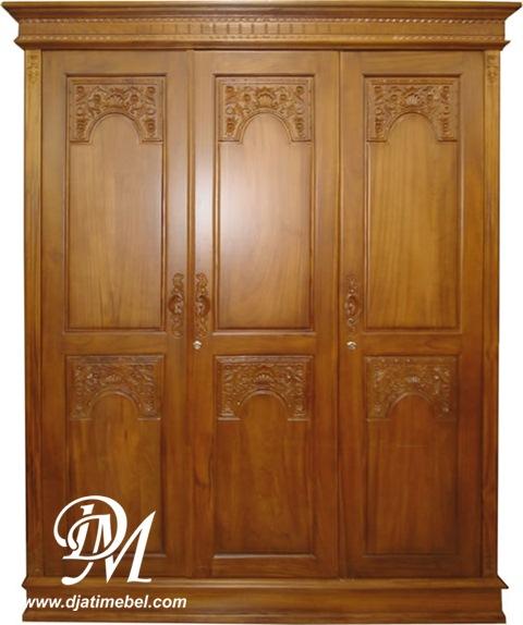 Lemari Pakaian Majapahit 3 Pintu Modern