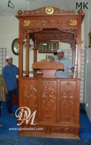 Mimbar Masjid Kubah Emas Ukir Mewah