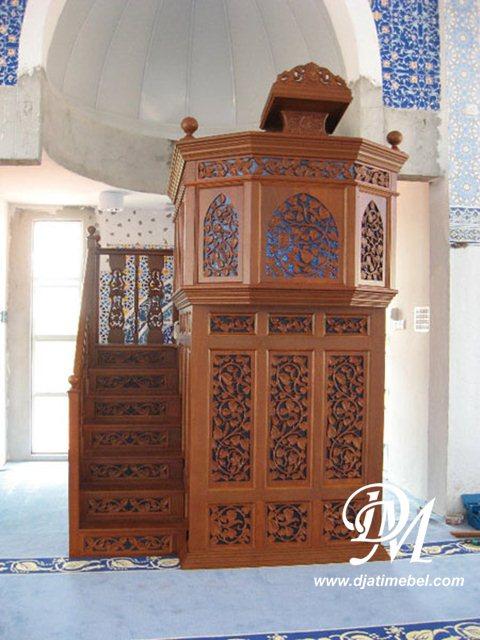 Mimbar Masjid Kubah Ukiran Model Tingkat