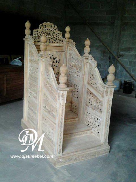 Mimbar Masjid Gebyok Ukir Biasa