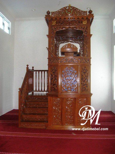 Mimbar Masjid Nabawi Ukir Kanopi