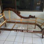 Sofa Lois Malas Jati Motif Bunga Gold