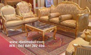 Set Sofa Tamu French Arabian Emas