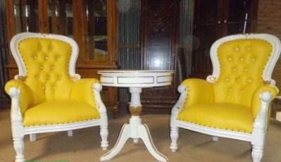 Kursi Teras Ghodiva Klasik Duco Putih