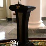 Podium Presiden Jati Modern Hitam Doff