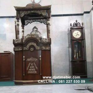 Mimbar Masjid Kubah Kayu Jati Ukir Emas